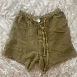 Free People Linen Cargo Shorts (Olive Green)